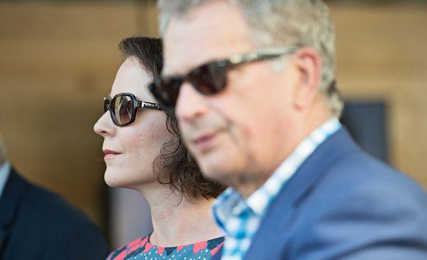 Niinistö ja Haukio vierailivat Porin Suomi-areenassa heinäkuussa.