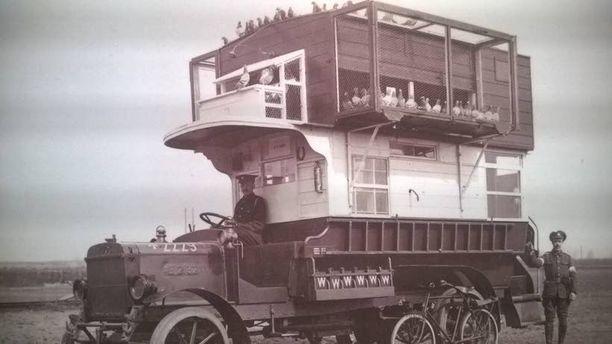 Ensimmäisen maailmansodan signaalitiedustelu tapahtui kyyhkysten avulla.