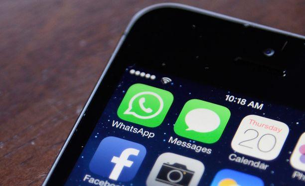 WhatsApp on suosittu sovellus, jonka piirissä on yli 400 miljoonaa käyttäjää.