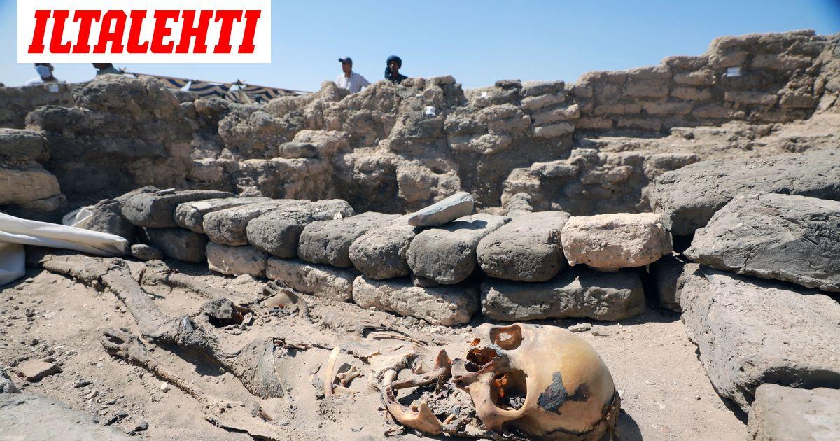 """Egyptistä löytyi 3000 vuotta vanha """"kultainen kaupunki"""" – katso upeat kuvat"""