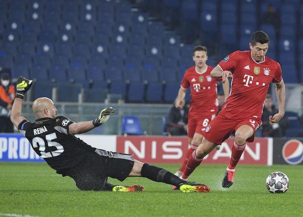Robert Lewandowski näytti suunnan Bayern Münchenin maalijuhlalle.