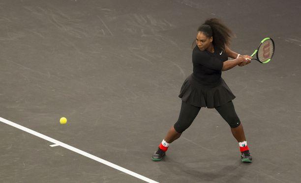 Serena Williams on voittanut grand slam -turnauksen kaksinpelin 23 kertaa, nelinpelin 14 kertaa ja sekanelinpelin kaksi kertaa. Lisäksi hän on nelinkertainen olympiavoittaja.