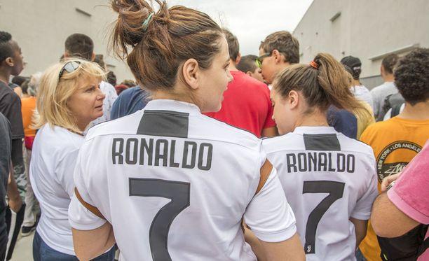 Ronaldon Juventus-paidat ovat valtavassa suosiossa.