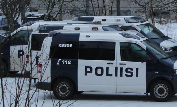 Poliisi tutkii 16-vuotiaan keravalaistytön kuolemaa tappona.