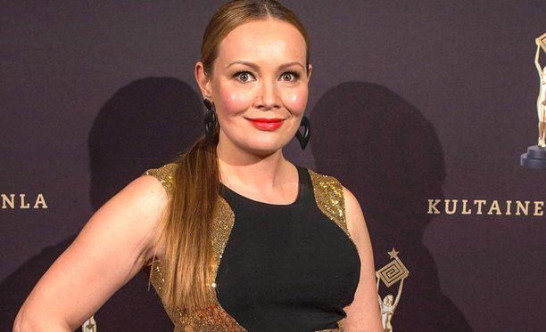 Marja Hintikka tunnetaan muun muassa Marja Hintikka Live-ohjelmastaan.