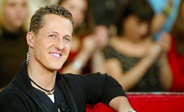 Michael Schumacher, kaikkien aikojen menestynein F1-kuljettaja, voitti seitsemän mestaruutta ja 91 GP:tä.