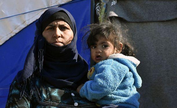 Irakissa Khazirin pakolaisleirillä asuu yli 30 000 ihmistä.