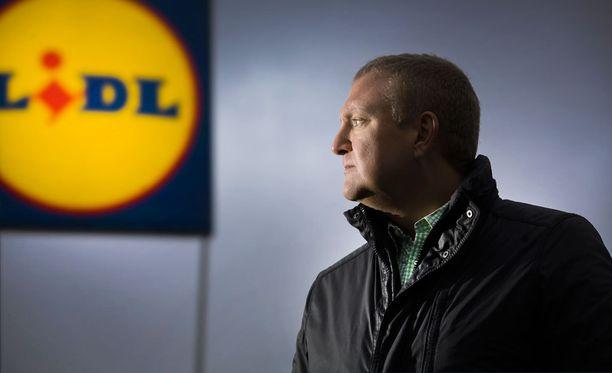 Lidlin toimitusjohtaja Lauri Sipponen sanoo, ettei saksalaisketju ole noussut K- ja S-ryhmän haastajaksi yhteiskunnan avustuksella.