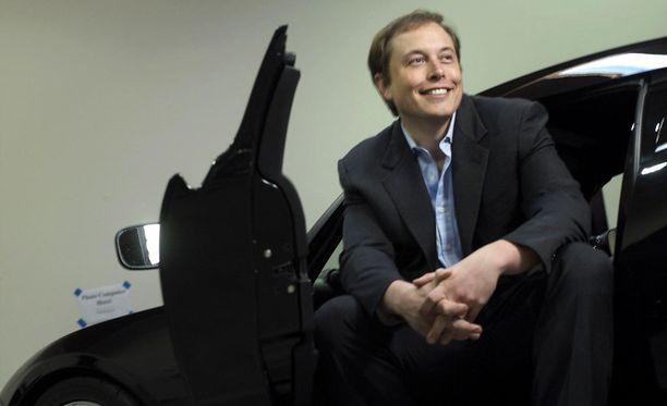 Elon Muskin johtama Tesla valmistaa suorituskykyisiä sähköautoja.