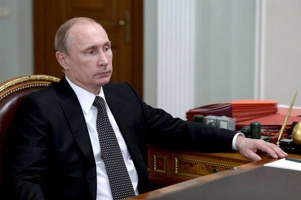 Venäjän presidentti Vladimir Putin saapui tänään Minskiin neuvottelemaan rauhansopimuksesta. Venäläiset asiantuntijat arvioivat tapaamisen kantavan hedelmää.