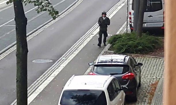 Stephan Balliet ampui kaksi ihmistä Hallessa.