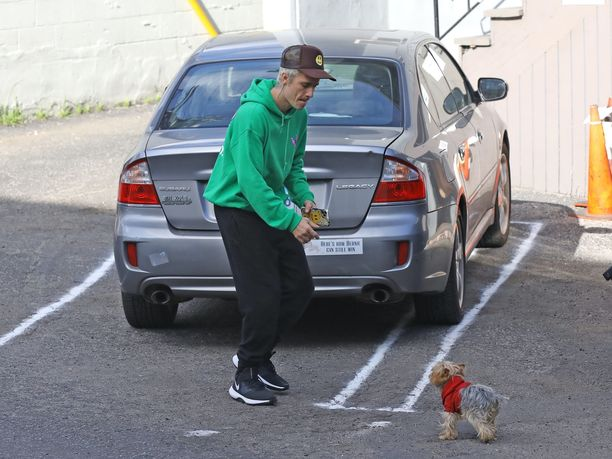 Justin Bieber kuvattiin joulun tienoilla Yhdysvalloissa