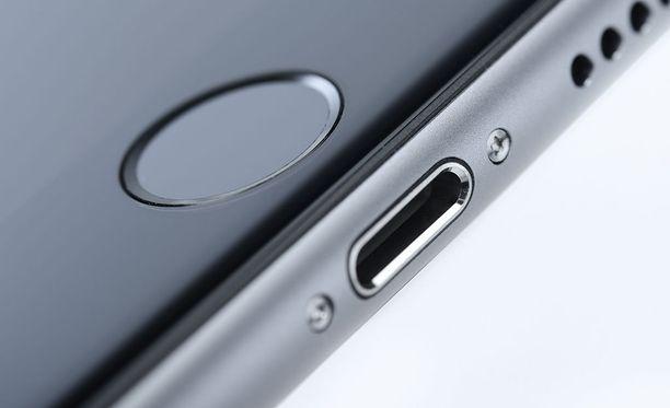 Iphonen Lightning-liitäntää on käytetty hyväksi puhelinta kaapatessa.