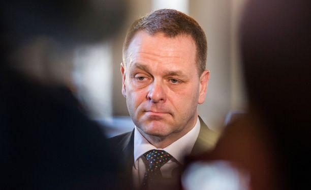 Helsingin pormestari Jan Vapaavuori avasi kaupunkien torstaisen kokouksen sisältöä.