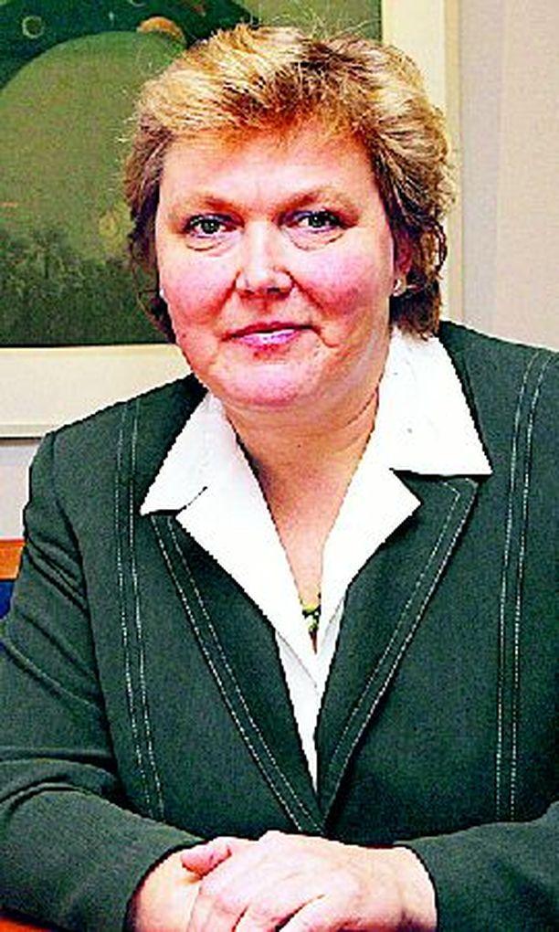 Kirsi Lindroosin johtama opetushallitus voisi poistaa epäterveelliset automaatit kouluista.