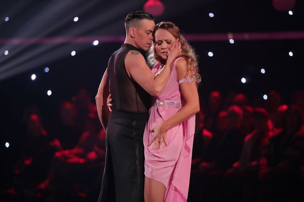Matti Puron ja Marja Hintikan tanssit loppuivat.