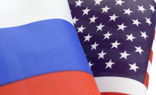 Venäjä on perunut tapaamisen Yhdysvaltain diplomaattien kanssa Yhdysvaltain tiistaina lisäämien pakotteiden takia.