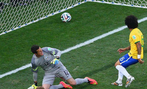 Marcelo iski MM-kisojen avausmaalin omiin.
