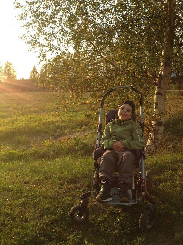 Erityismaininnan sai myös Minna Kolarin kuva Iltalenkillä.