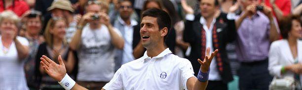 Novak Djokovic juhli voittoaan.