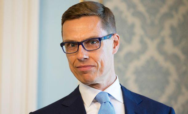Financial Times -lehti nosti valtiovarainministeri Alexander Stubbin mahdolliseksi ehdokkaaksi euroryhmän johtoon.