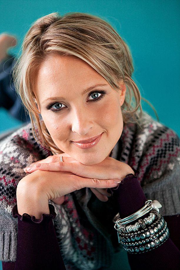 Vanessa Kurri Iltalehden kuvauksissa vuonna 2009.