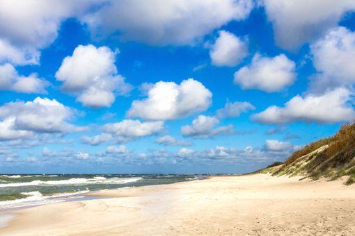 Kuurinkynnäksen valkeat dyynit ovat upea rantakohde.
