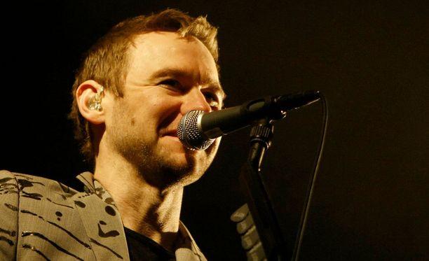 Kentin laulaja ja keulahahmo on Joakim Berg.