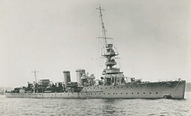 HMS Calypso oli valvomassa Saksan merisaartoa Islannin ja Färsaarten välillä, kun se havaitsi SS Mindenin.