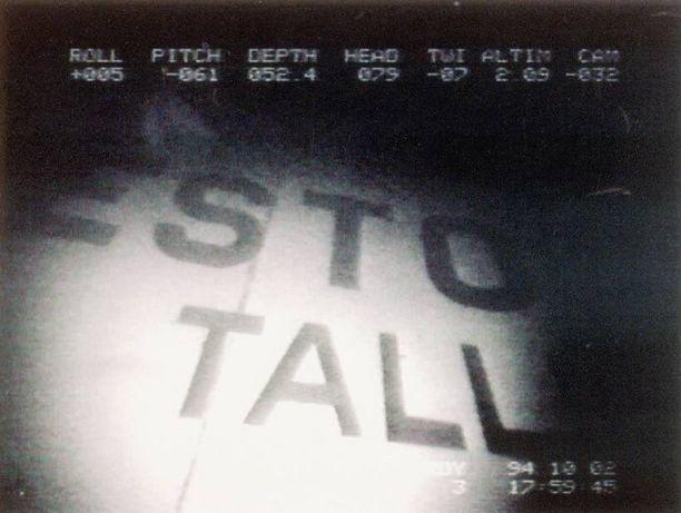 Videokuva uponneesta matkustajalautta Estoniasta noin 80 metrin syvyydessä.