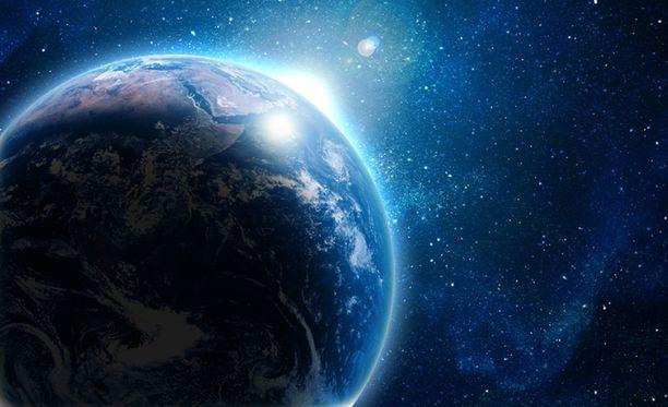Saksalaistutkijoiden mukaan vesi on tullut maapallolle noin 4,4 miljardia vuotta sitten.