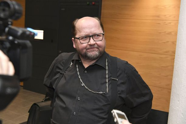 Mitro Repo ei ole urallaan kaihtanut riitatilanteita. Helsingin käräjäoikeus ottaa tänään kantaa vuoden 2016 kohupotkuihin.