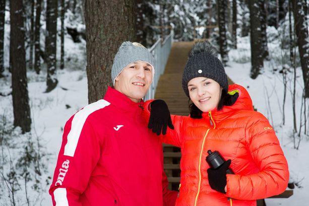 Nadia Ammourin kihlattu Amin Asikainen on sanonut, että elämä olisi helpompaa, jos Nadia ei olisi koskaan osallistunut sarjaan.