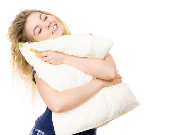 Uni säilyttää muistimme ja tarkkaavuutemme hyvänä. Uni virkistää ja kaunistaa sekä suojaa taudinaiheuttajia ja painonnousua vastaan.