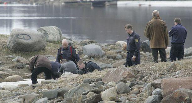 Ohikulkija huomasi ruumiin Kiikelin saaressa keskiviikkona ja ilmoitti asiasta hätäkeskukseen.