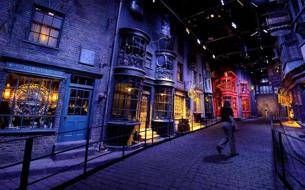 Isossa-Britannian nähtävyyksistä hehkutetaan eniten Harry Potter -studiokierrosta.