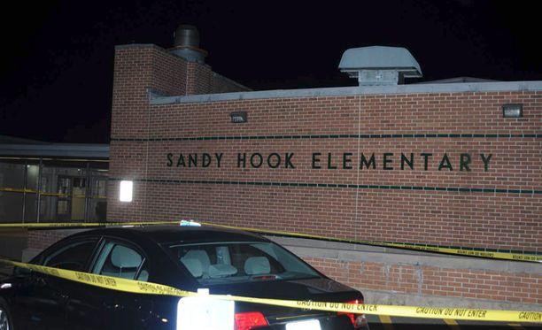 Ammuskelu tapahtui Sandy Hookin alakoulussa.