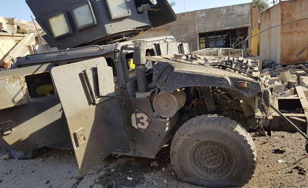 KIrkukissa Irakissa autopommi räjähti varastolla, jossa säilytettiin toukokuisten parlamenttivaalien äänestyslipukkeita ja -uurnia.