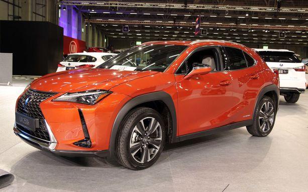 Lexus UX on kätevän kokoinen uutuus-SUV.