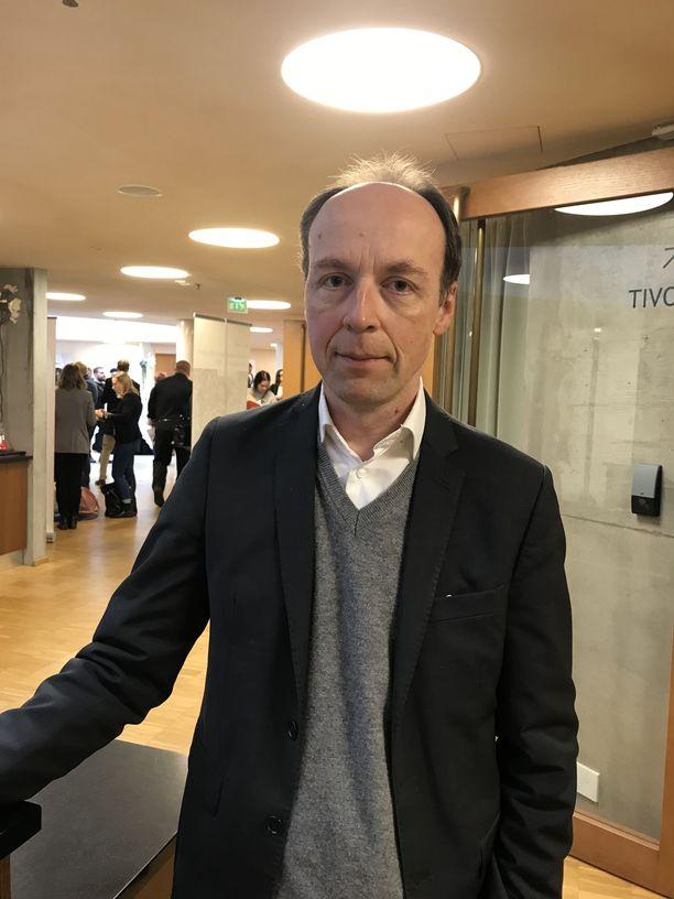 Perussuomalaisten puheenjohtaja Jussi Halla-ahon mukaan EU ei sinänsä ole ideologinen vihollinen, vaan sitä pitää käyttää työkaluna, joka tuottaa jäsenmaille ja kansalaisille lisäarvoa.