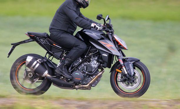 Moottoripyöräilijä kuoli onnettomuudessa Sastamalassa. Kuvituskuva ei liity tapaukseen.
