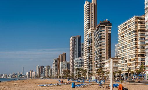 Jouluksi Espanjan rannoille?