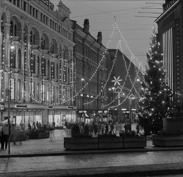 Joulukatu vuonna 1983.