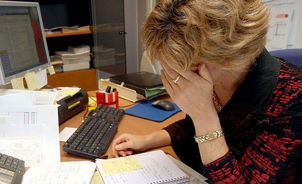 Työterveyslaitoksen ja Oulun yliopiston tutkijoiden havainto on mielenkiintoinen, sillä tätä ennen työuupumusta ei ole yhdistetty haitalliseen syömiskäyttäytymiseen.