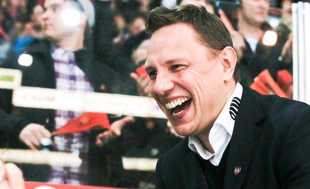 Jussi Tapolalla oli hymy herkässä maanantai-iltana.
