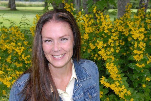 Lulu Ranne on kritisoinut poliittista päätöksentekoa Sunny Car Centeriin liittyen.