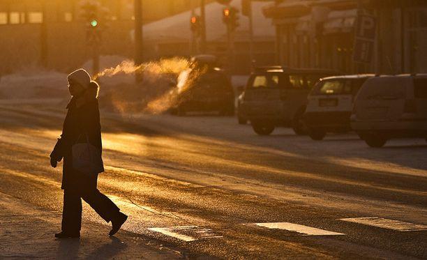 Vielä ei ole lumileikkien aika, mutta pohjoisessa lämpimät vaatteet voivat pian olla tarpeen.
