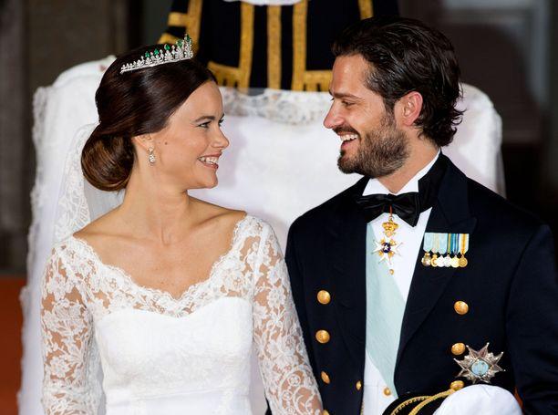 Sofia Hellqvistä tuli prinsessa Ruotsin hoviin vuonna 2015 solmitun avioliiton myötä. Kirkossa kuultiin musiikkina muun muassa Coldplayn ja Rihannan tuotantoa.