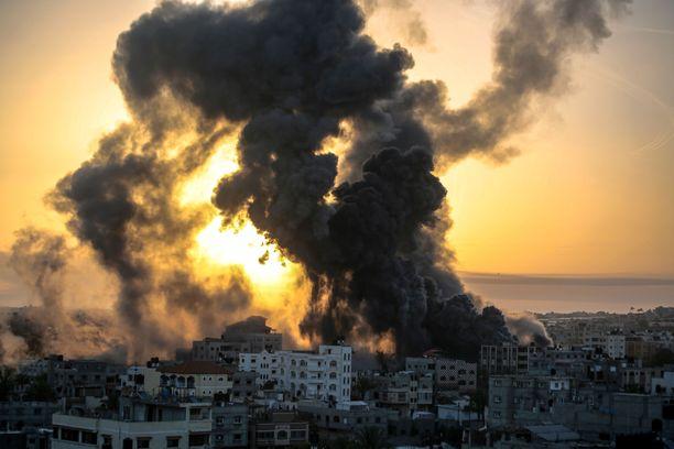 Israel kertoo tappaneensa Hamasin komentajan tekemässään ilmaiskussa.
