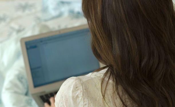 Sivuston tarkoitus on näyttää naisille muunkinlaista naiskuvaa kuin sitä, mitä pornoteollisuus luo.